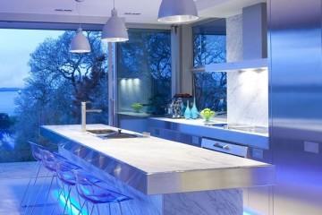 Tủ bếp Acrylic với thiết kế độc đáo sẽ thôi miên bạn