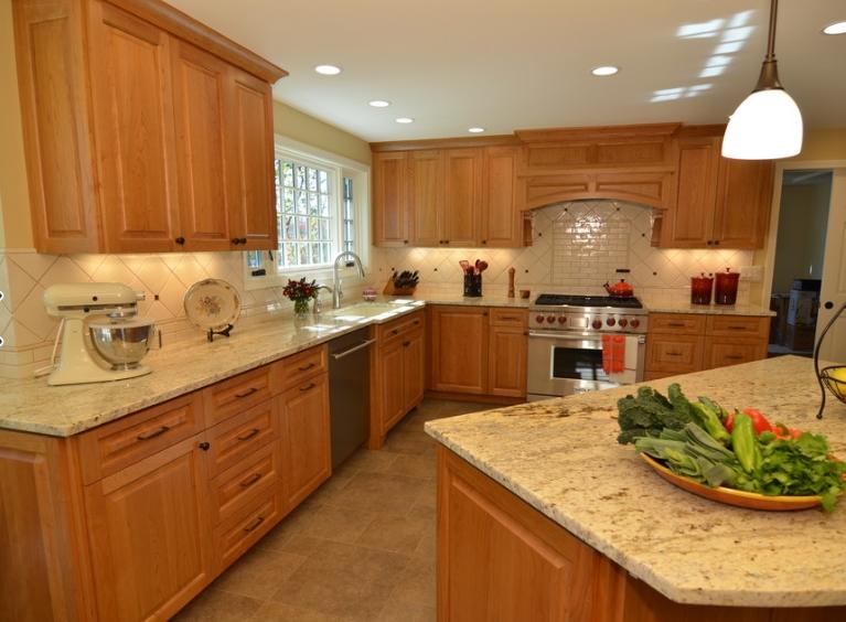 Lựa chọn sản phẩm tủ bếp đẹp với chất liệu đến từ thiên nhiên.