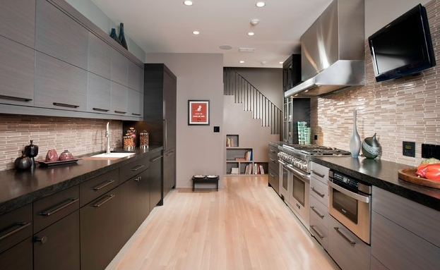 tủ bếp gỗ hiện đại song song