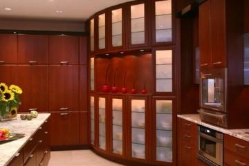 Ưu, nhược điểm tủ bếp gỗ Xoan Đào dành cho gia đình 5 người.