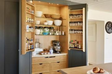 Sang trọng với tủ bếp Laminate thiết kế đơn sắc