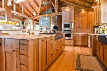 Tủ bếp gỗ sồi Nga phong cách tân cổ điển cho căn bếp lớn