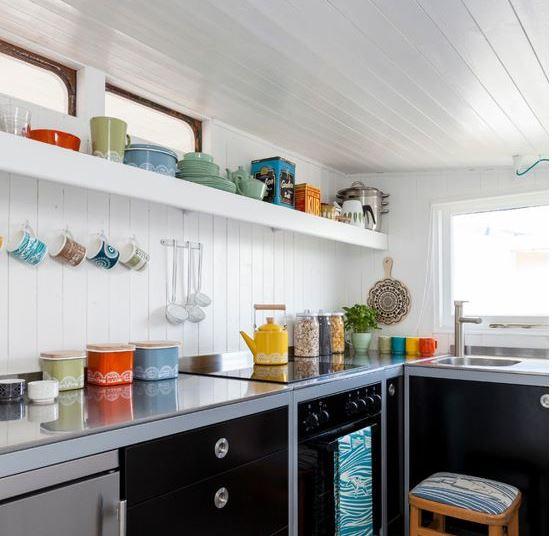 Phụ kiện tủ bếp có mấy loại