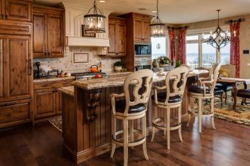 Khám phá 10 mẫu tủ bếp gỗ xoan đào có thiết kế đẹp không thể rời mắt
