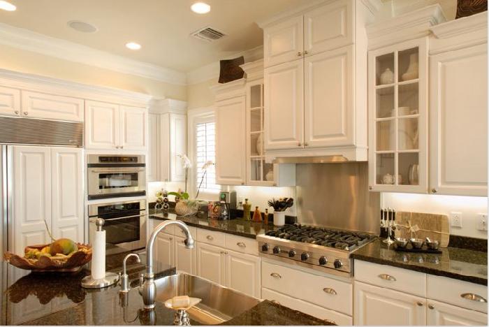 Thiết kế tủ bếp đẹp đi kèm công năng sử dụng hiện đại