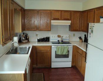 Tủ bếp gỗ sồi ngaINOX 201 QCI13 đượcTủ Bếp Quốc Cường thiết kế theo xu hướng, phong cách thiết kế đơn giản dễ dàng phù hợp với các không gian nội thất hiện đại ngày nay.