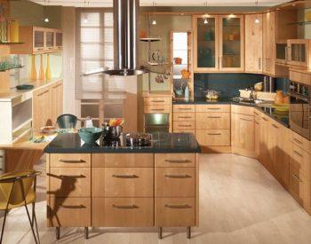 Tủ bếp Inox 201 QCI14 có các phụ kiện tủ bếp như phụ kiện chứ năng và thiết bị bếp đều là sản phẩm hiện đại nhất và được nhập khẩu của các thương hiệu như Blum, EuroGold, Hafele, Faster, Malocca…