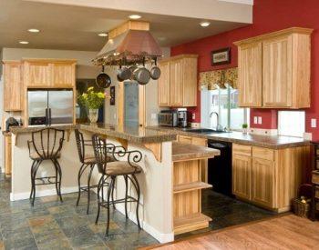 Tủ bếp gỗ Sồi Nga Inox 304 QC24 là mẫu tủ bếp gỗ tự nhiên thân thiện với môi trường và được nhập khẩu từ Châu Âu nên có khả năng chống chịu những khắc nghiệt của thời tiết rất tốt, nhờ đó mà tủ bếp có độ bền khá cao.