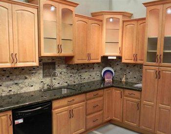 Tủ bếp gỗ Sồi Nga Quốc Cường đẹp nhất tu-bep-go-soi-nga-l-SV06-350x275