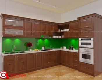 Những phụ kiện tủ bếp xoan đào XDI09 gồm phụ kiện chức năng như kệ gia vị, chậu rửa, giá inox đa năng, trạn bát và thiết bị bếp như lò nướng, bếp từ, thiết bị hút mùi đều nhập khẩu từ thương hiệu như Faster, Malocca, Hafele, Blum, Abber…