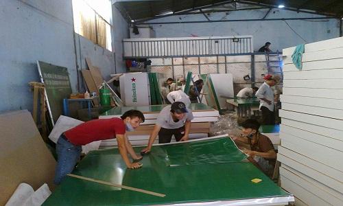 Hình ảnh xưởng sản xuất Nội Thất Quốc Cường Hinh-Anh-Xuong-San-Xuat-Tu-Bep-2