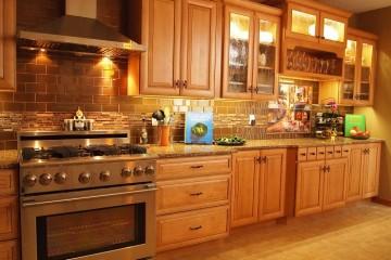 Những lý do bạn nên sử dụng tủ bếp gỗ Sồi Nga