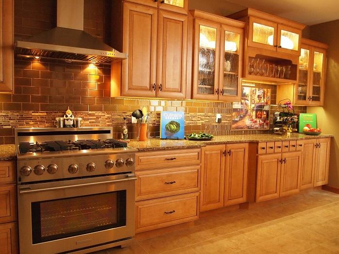 tủ bếp SỒI NGA