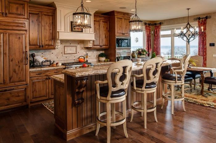 Thiết kế tủ bếp gỗ xoan đào theo phong cách tân cổ điển cực ấn tượng