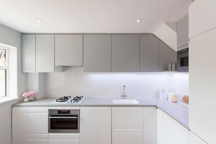 Ngoài tính thẩm mỹ cao thì tủ bếp MFC còn kết hợp đầy đủ công năng, tiện nghi sử dụng
