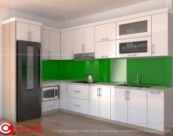 Tủ bếp MFCAC04 có các đặc tính nổi bật như khả năng chịu nhiệt tốt, bề mặt chống va đập, chịu nước và chống trầy xước tốt. Đây là một trong những điểm tạo sự hài lòng cho các gia đình khi sử dụng bởi tuổi thọ sản phẩm lên đến 10 năm nếu biết bảo quản đúng cách.