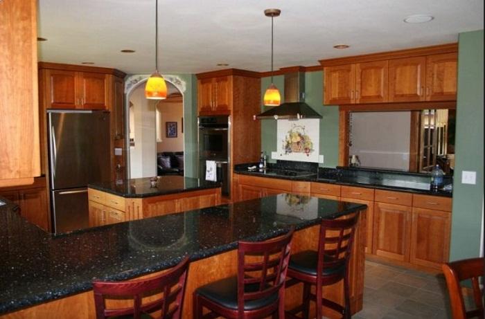 Thiết kế tủ bếp gỗ mfc kết hợp bàn đảo