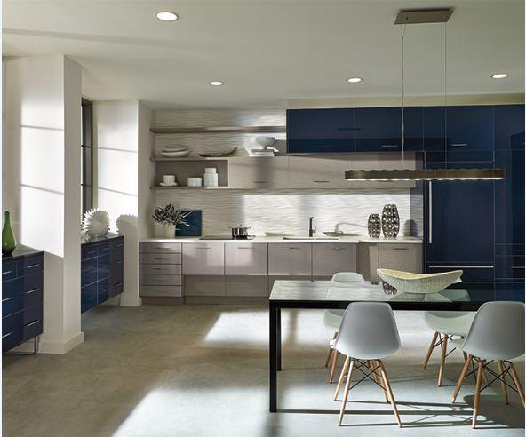 Tủ bếp gỗ acrylic màu trắng