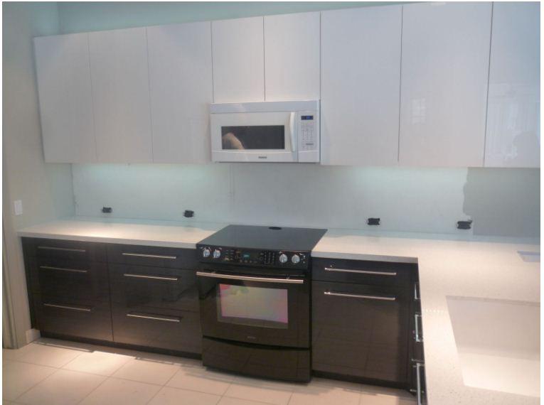 Tủ bếp gỗ đẹp Acrylic sang trọng tinh tế với nhiều thiết kế khác nhau