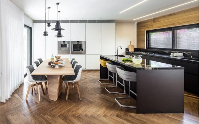 So sánh tủ bếp gỗ công nghiệp laminate và acrylic