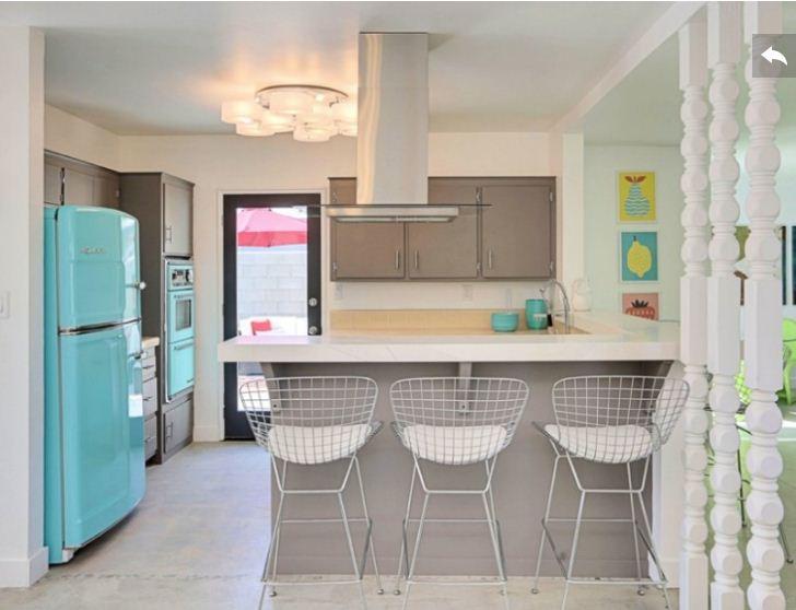Thiết kế tủ bếp bàn đảo như thế nào là đẹp và hợp lý
