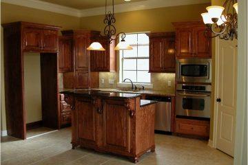 Giá tủ bếp xoan đào rẻ nhưng chất lượng cao mua ở đâu?