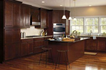 Nhận biết tủ bếp làm từ gỗ tự nhiên và tủ bếp làm từ gỗ công nghiệp
