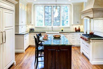 Danh sách các mẫu tủ bếp có cửa sổ hot nhất hiện nay
