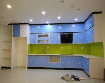 Công trình 26: tủ bếp gỗ acrylic quốc cường chữ L cho chung cư rộng