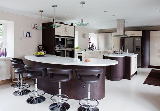 Lắp đặt tủ bếp thông minh phải hài hòa với không gian nội thất