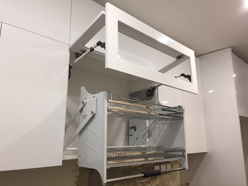 Tủ bếp cánh lật thông minh